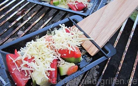 Foto: BBQ Grill mit vegetarischem Grillgut
